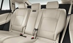 2014-BMW-5-Series-Gran-Turismo-rear-seating 3