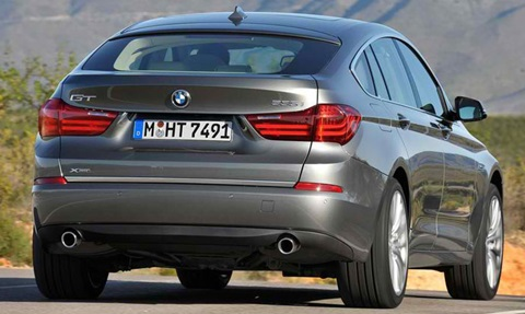 2014-BMW-5-Series-Gran-Turismo-rear-view C