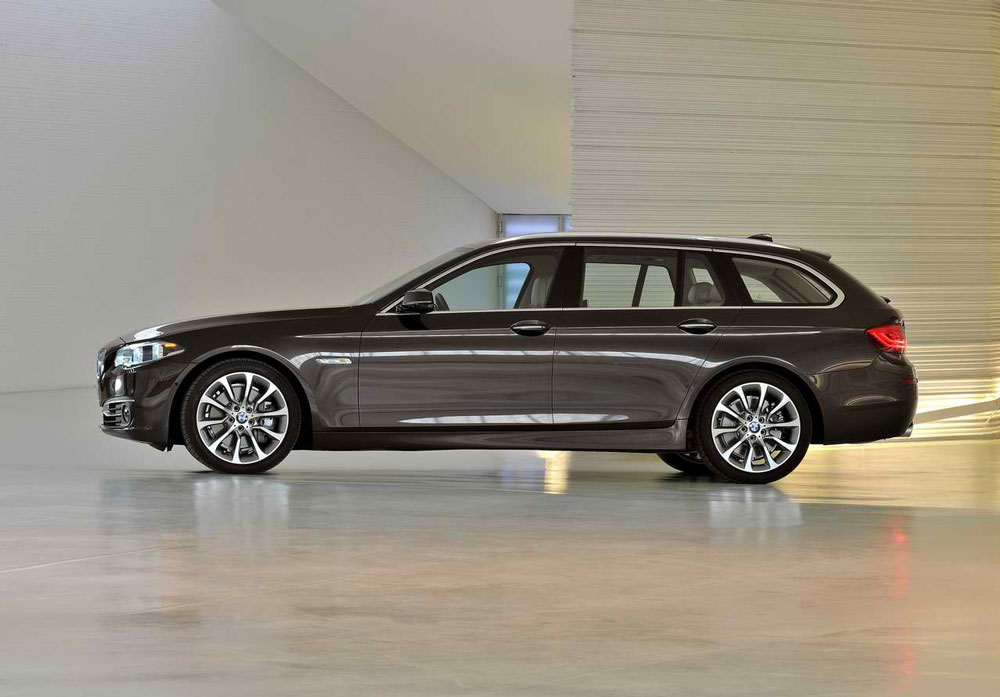 2014 bmw 5 series touring review specs pictures. Black Bedroom Furniture Sets. Home Design Ideas