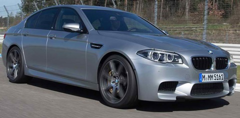 2014-BMW-M5-on-a-run B