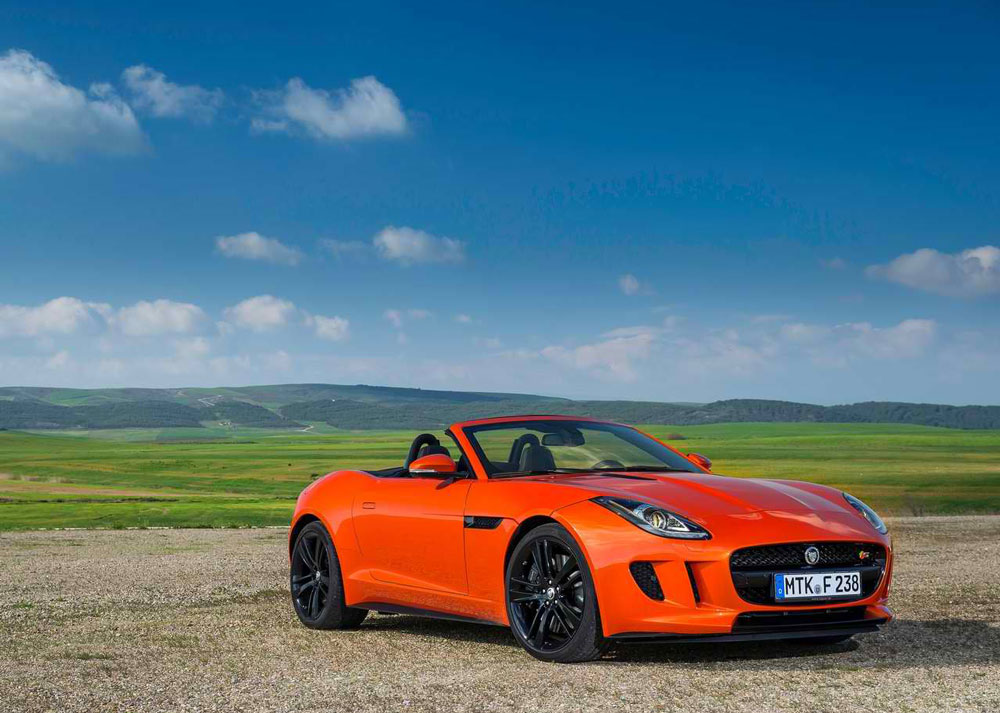 2014 jaguar f type v8 s review specs pictures price 0 60 time. Black Bedroom Furniture Sets. Home Design Ideas