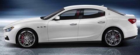 2014-Maserati-Ghibli-profile B