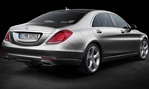 2014-Mercedes-Benz-S-Class-studio-rear 4