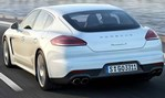 2014-Porsche-Panamera-into-the-city 1
