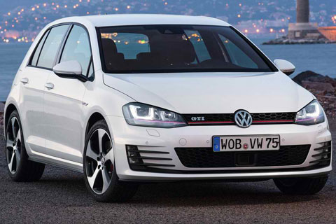 2014-Volkswagen-Golf-GTI-something-about-white-A