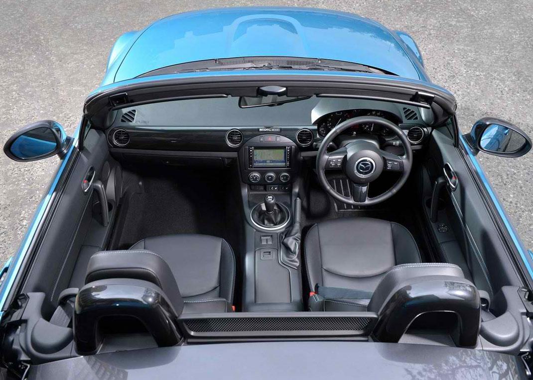 http://www.thesupercars.org/wp-content/uploads/2013/07/2013-Mazda-MX-5-Sport-Graphite-date-night.jpg