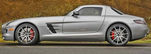 2013-Mercedes-Benz-SLS-AMG-GT-6.3 B