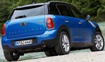 2013-Mini-Countryman-Cooper-ALL4-by-the-river 1