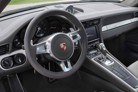 2013-Porsche-911-50-Years-Edition-cockpit-D