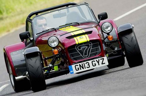 2014-Caterham-Seven-620R-on-the-road A