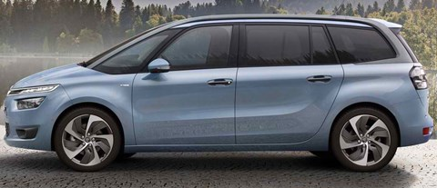 2014-Citroen-Grand-C4-Picasso-by-the-lake B