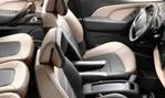 2014-Citroen-Grand-C4-Picasso-seats-galore 1