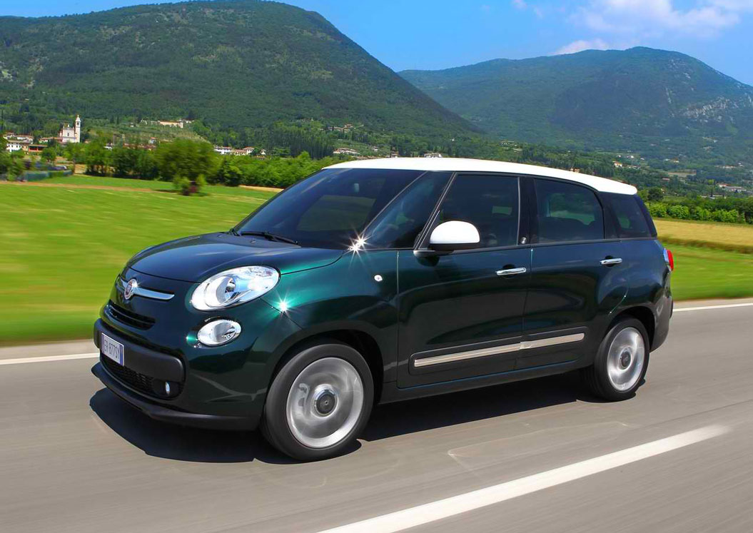 2014 fiat 500l living review specs pictures mpg. Black Bedroom Furniture Sets. Home Design Ideas