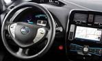 2014-Nissan-Leaf-controls 1