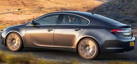 2014-Vauxhall-Insignia-ayres B