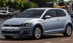 2014-Volkswagen-Golf-TDI-BlueMotion-in-time 2