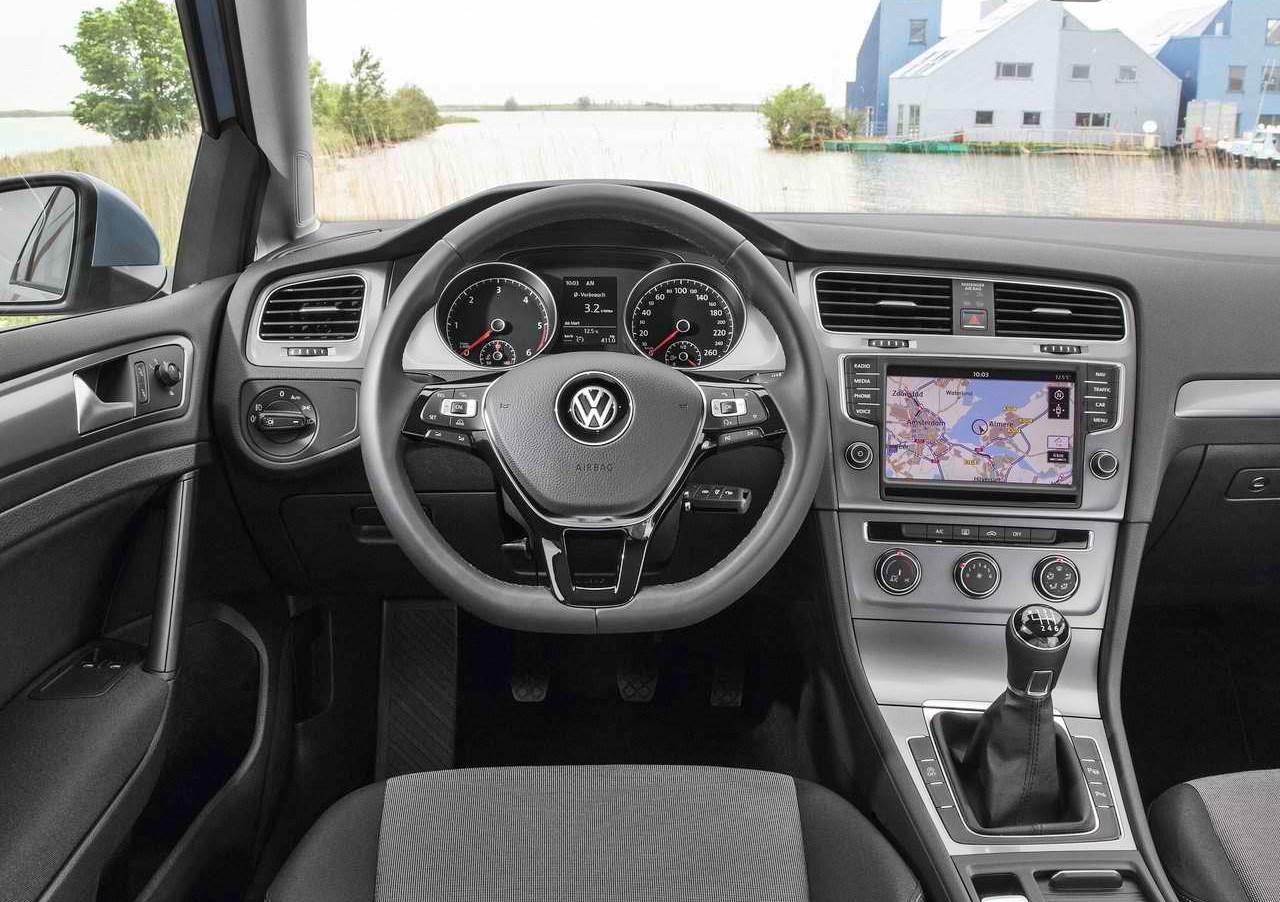 2014 Volkswagen Golf Tdi Bluemotion Pictures Mpg Amp Price
