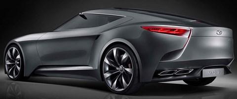 2013-Hyundai-HND-9-Concept-rear-D