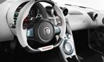 2013-Koenigsegg-Agera-R-cockpit 1