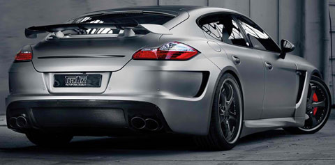 2013-TechArt-Porsche-Panamera-Turbo-GrandGT-in-the-garage-B