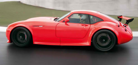2013-Wiesmann-GT-MF4-CS-into-the-chicane-A