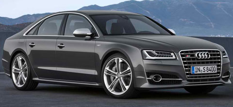 2014-Audi-S8-going-A