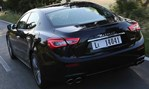 2014-Maserati-Ghibli-on-the-road-home 2