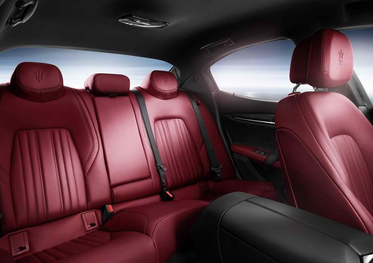 Maserati Granturismo Car Seat