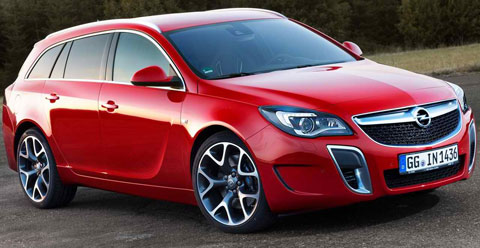 2014-Opel-Insignia-OPC-Sports-Tourer-in-red-A