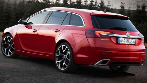 2014-Opel-Insignia-OPC-Sports-Tourer-the-sign-D