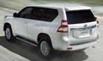 2014-Toyota-Land-Cruiser-quarry-time 3