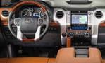 2014-Toyota-Tundra-cockpit 1