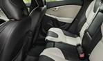 2014-Volvo-V40-Cross-Country-rear-seats 3
