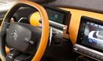 2013-Citroen-Cactus-Concept-cockpit 2