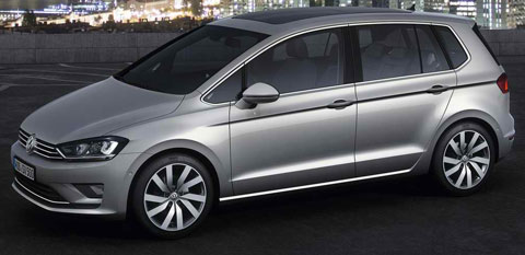 2013-Volkswagen-Golf-Sportsvan-Concept-at-night-A