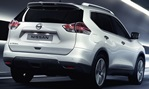 2014-Nissan-X-Trail-through-the-Tunnel 4