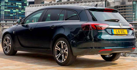 2014-Vauxhall-Insignia-Sports-Tourer-riverside-C