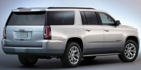 2015-GMC-Yukon-XL-in-the-rear-D