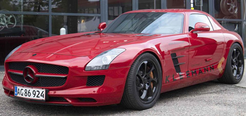 2013-Kleeman-Mercedes-Benz-SLS-AMG-at-the-store-A