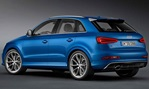 2014-Audi-RS-Q3-blue-indoors 1