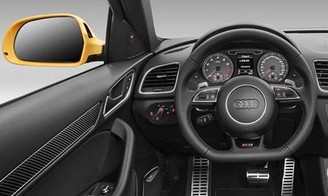 2014-Audi-RS-Q3-cockpit C