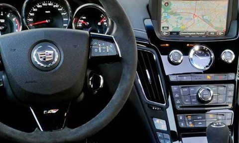 2014-Cadillac-CTS-Sport-Wagon-CTS-V-cockpit B
