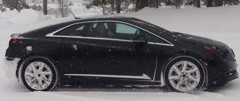 2014-Cadillac-ELR-pre-prod-in-the-snow-B1