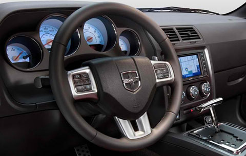 2014-Dodge-Challenger-inside-D