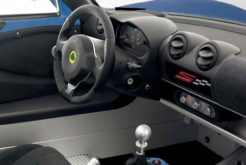 2013-Lotus-Elise-S-Club-Racer-the-cockpit-C