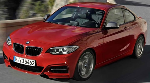 2014-BMW-M235i-Coupe A