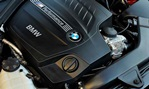 2014-BMW-M235i-Coupe-engine 1