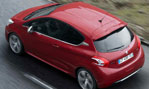 2014-Peugeot-208-GTi-rained-on-2
