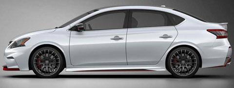 2013-Nissan-Sentra-Nismo-Concept-indoors-B