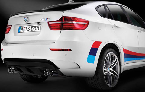 2014-BMW-X6-M-Design-Edition-rear-view-B
